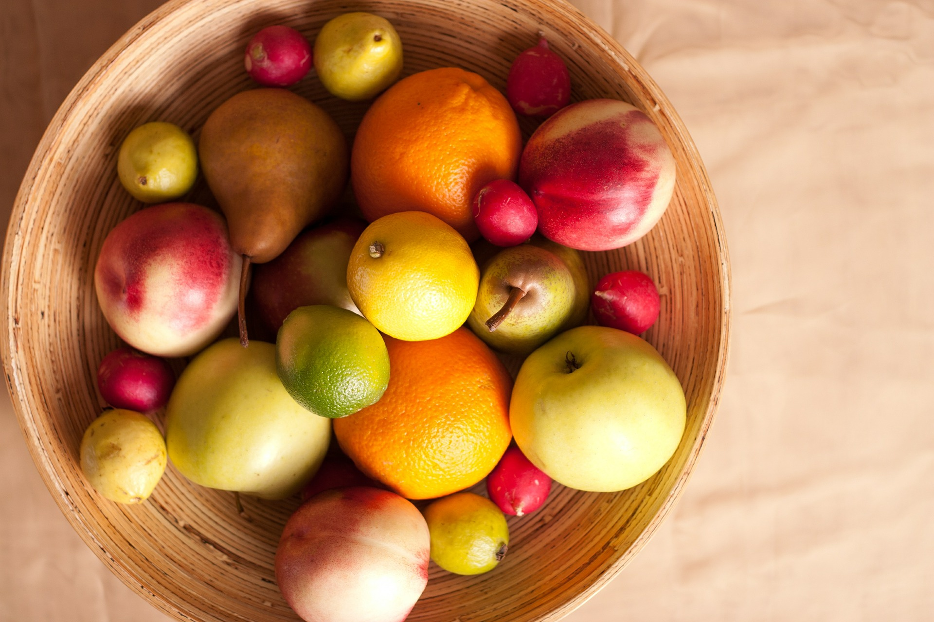 fruits-601742_1920.jpg